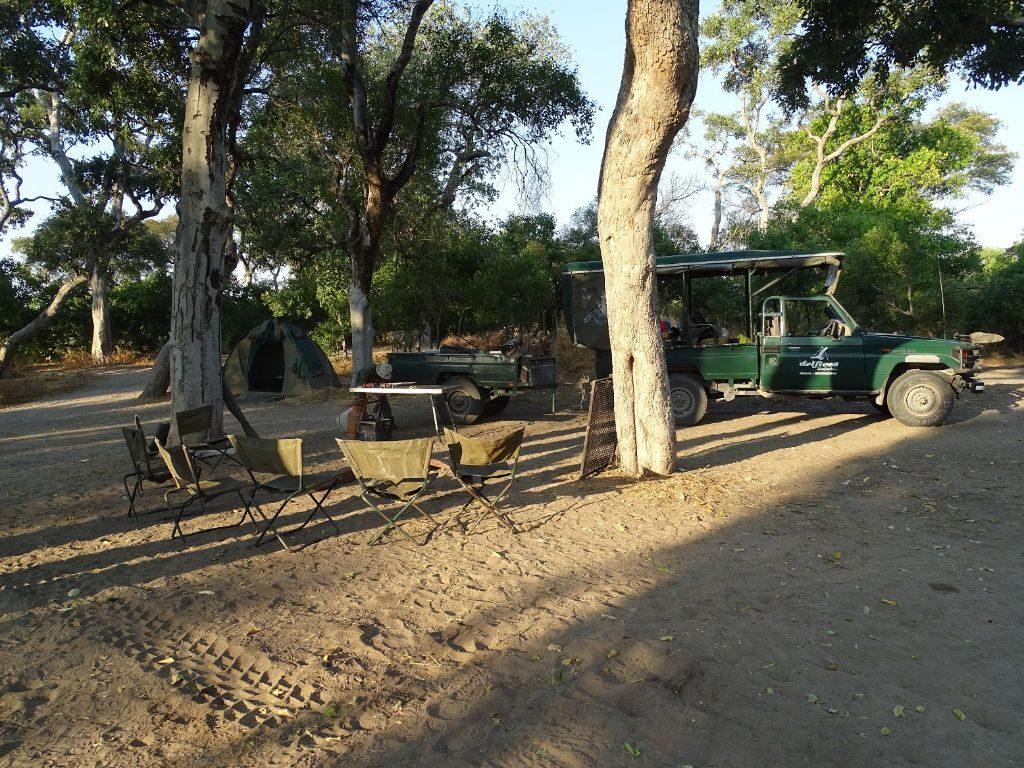 Auto und Zelte Moremi Camping Botswana