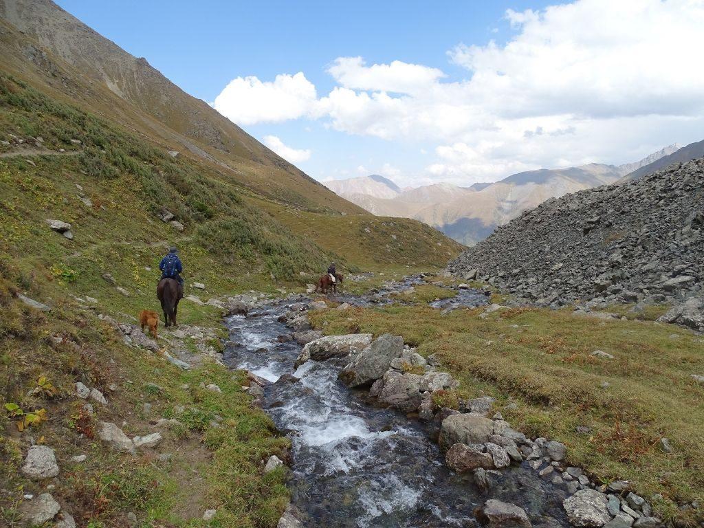 Ritt zum Ala Kul Lake Kirgistan